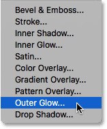 Choosing an Outer Glow layer effect.