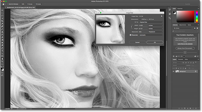 The default color theme for the interface in Photoshop CC 2015.