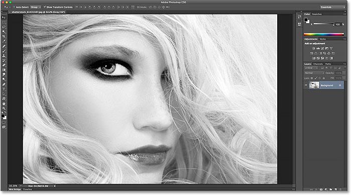 The darker interface in Photoshop CS6. Image © 2015 Steve Patterson, Photoshop Essentials.com