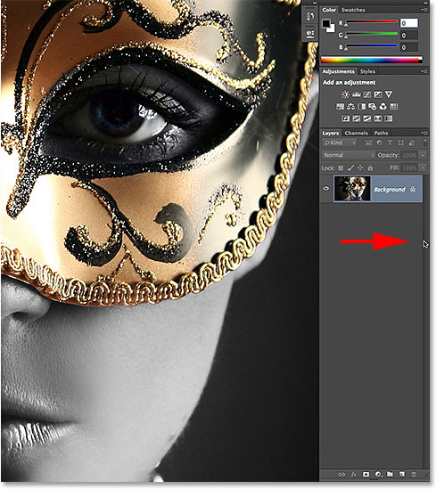 Temporarily showing the panels along the right of the interface while in Full Screen Mode. Image © 2014 Photoshop Essentials.com