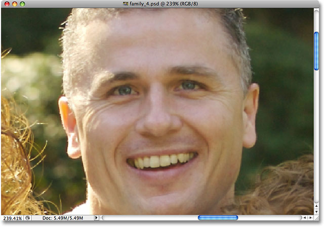 Photoshop has zoomed in to the man's face. Image © 2009 Photoshop Essentials.com.