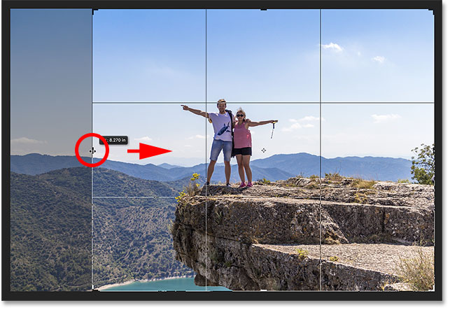 Use the left or right handle to adjust the width of the crop border. Image © 2016 Photoshop Essentials.com