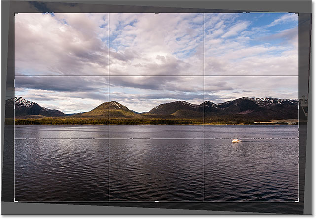 The Rule of Thirds grid returns when you release your mouse button. Image © 2016 Photoshop Essentials.com