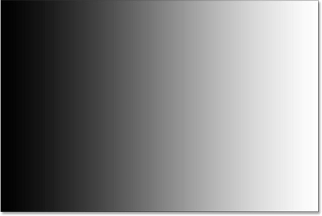 After setting a new white point, the right side of the gradient is now white. Image © 2015 Steve Patterson, Photoshop Essentials.com