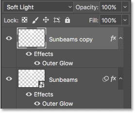 "The ""Sunbeams copy"" Smart Object is now a normal layer."