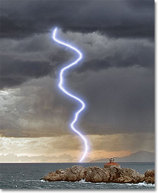 Photoshop lightning colorized. Image © 2011 Photoshop Essentials.com.