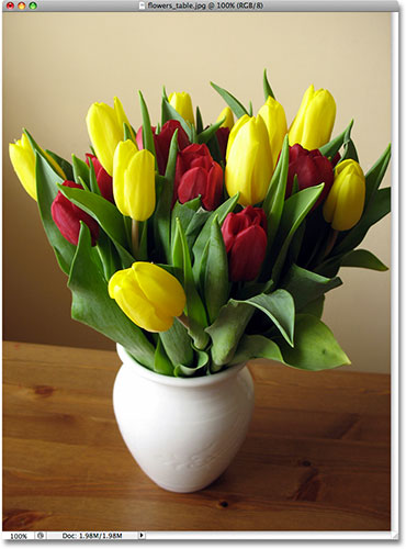A photo of flowers in a vase. Image licensed from iStockphoto by Photoshop Essentials.com.