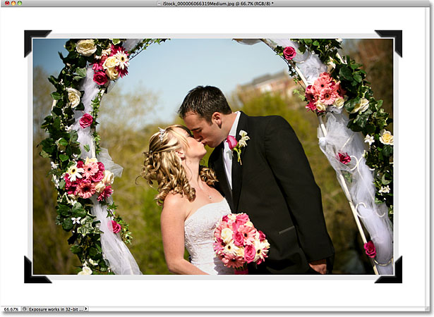 The left photo mounts have been flipped horizontally. Image © 2010 Photoshop Essentials.com.