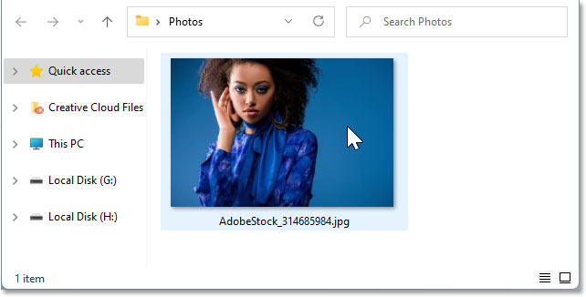 Right-clicking on the image thumbnail in Windows 11.