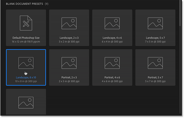 Choosing a preset document size in Photoshop CC.