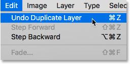 Choix de la commande Annuler le calque dupliqué dans Photoshop.