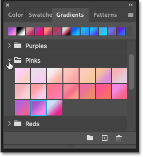 Choosing a gradient in Photoshop's Gradients panel