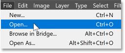 Photoshop 文件菜单中的打开命令