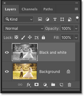 Both layers are still intact after reopening the Photoshop document