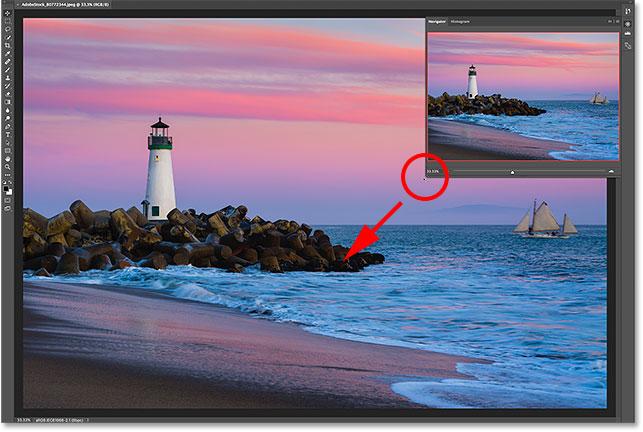 Resizing the Navigator panel in Photoshop
