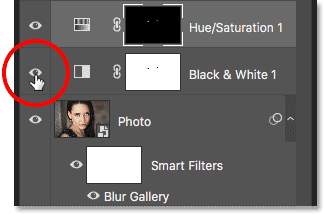 Turning off the Black & White adjustment layer in the smart object
