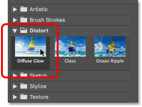 Selecting the Diffuse Glow filter in the Filter Gallery in Photoshop
