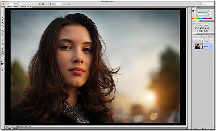 The pasteboard area has been changed to black in Photoshop CS6.