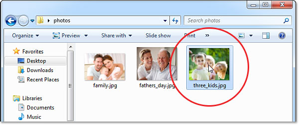 Opening a photo in Windows. Image © 2013 Photoshop Essentials.com