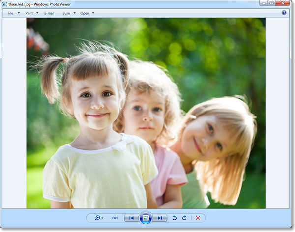 The photo has been opened in Windows Photo Viewer. Image © 2013 Photoshop Essentials.com
