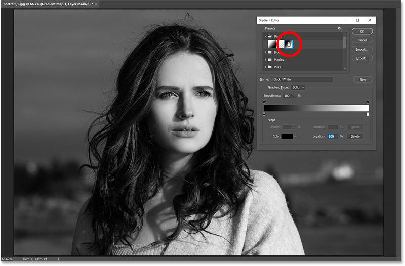 Resetting the gradient by reselecting the Black, White preset