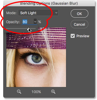 Setting the blend mode back to Soft Light and raising the opacity to 80 percent.