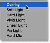 Choosing the Overlay blend mode in Photoshop