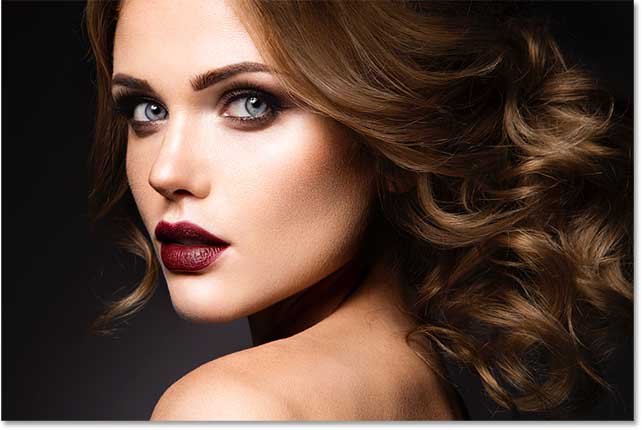 Photoshop lighten brighten eyes tutorial.