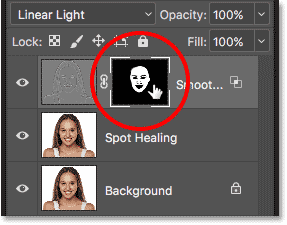 Switching to the layer mask view in Photoshop