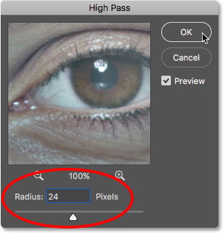 Setting the High Pass filter Radius value to 24 pixels in Photoshop