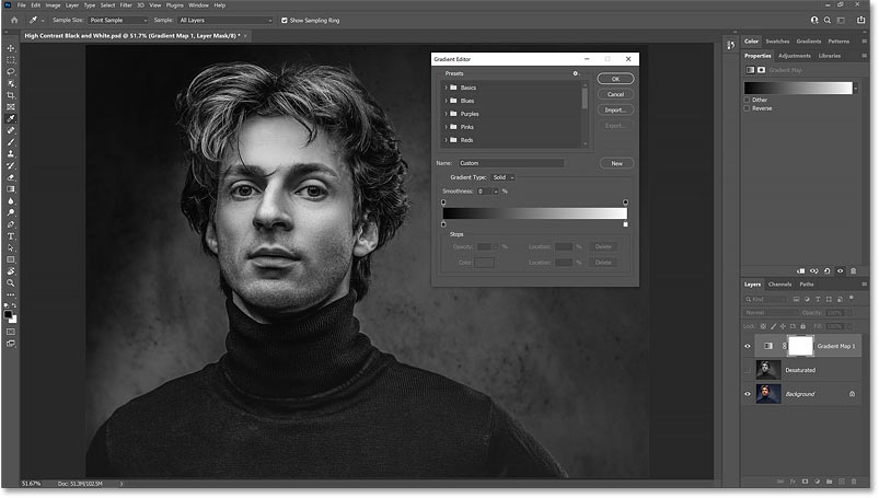 The black and white image result after lowering the Smoothness option for the gradient down to 0 percent.