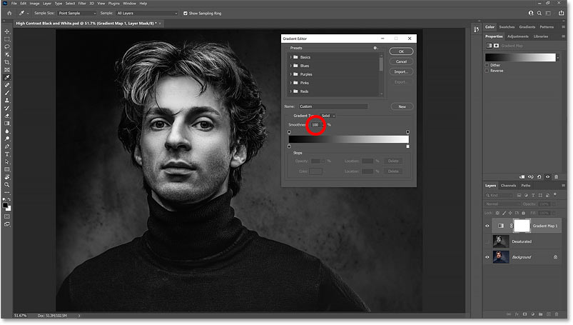 The high contrast black and white version returns after increasing the gradient Smoothness to 100 percent.
