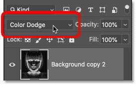 Changing the blend mode of the layer to Color Dodge.