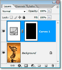 The layer mask thumbnail now appears black with a white border
