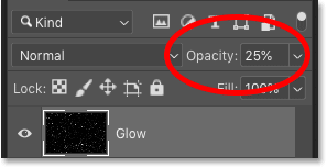 Lowering the opacity of the 'Glow' layer in Photoshop