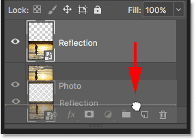 Moving the Reflection layer below the Photo layer in the Layers panel