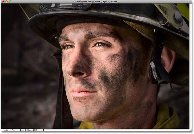 The photo after adjusting the Midpoint slider in the Lens Correction dialog box in Photoshop.