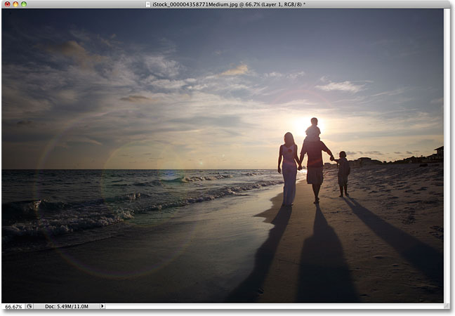 A more subtle lens flare effect in Photoshop.